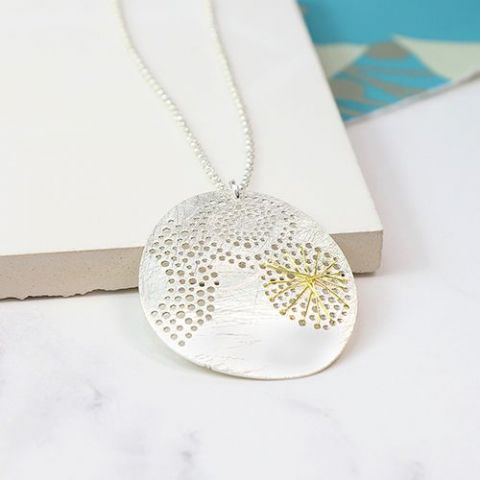SCRATCHED SILVER PLATE DISC NECKLACE